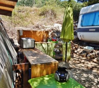 Green summer kitchen